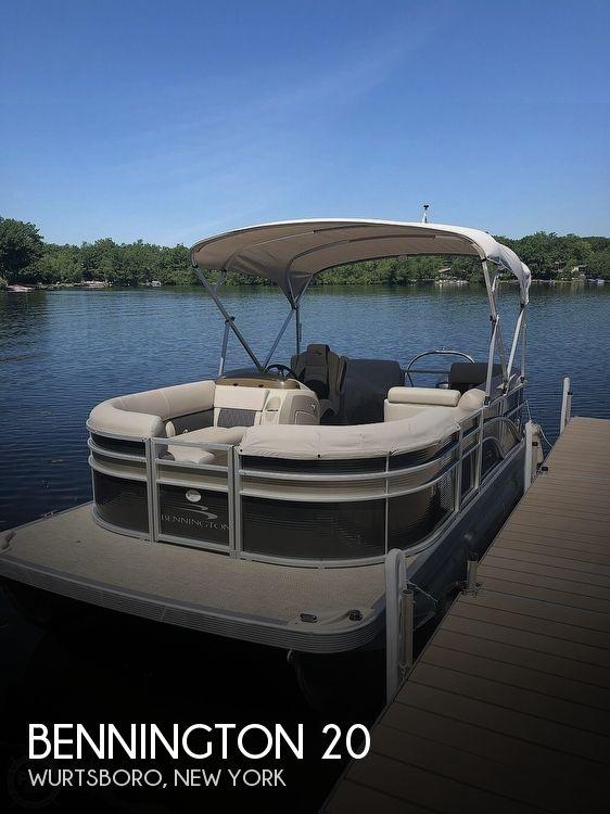 Used Bennington Pontoon Boats For Sale by owner | 2018 Bennington ssrcxp 20