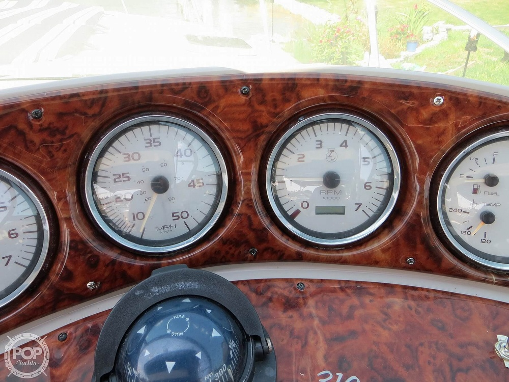 2003 Rinker boat for sale, model of the boat is 312 Fiesta Vee & Image # 30 of 40