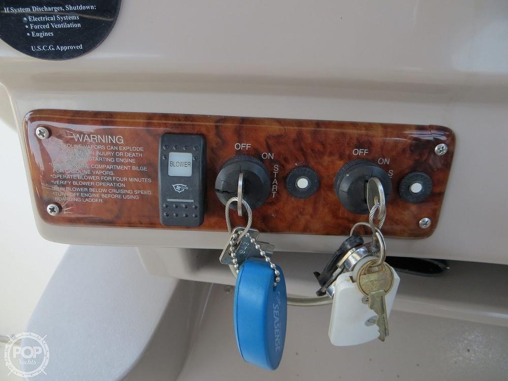 2003 Rinker boat for sale, model of the boat is 312 Fiesta Vee & Image # 33 of 40