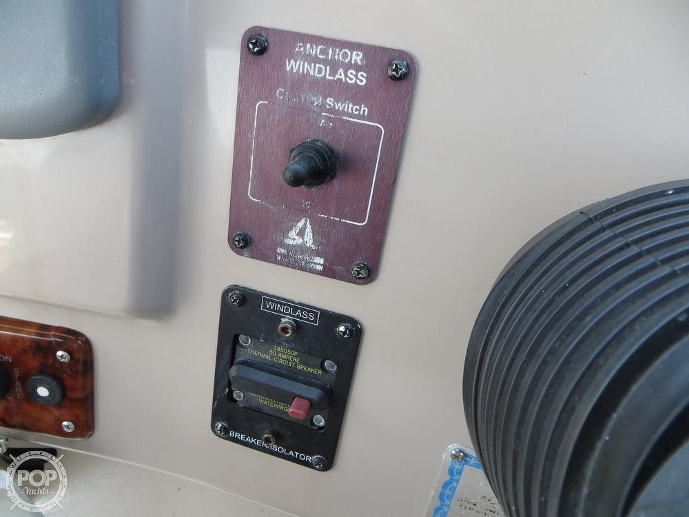 2003 Rinker boat for sale, model of the boat is 312 Fiesta Vee & Image # 37 of 40