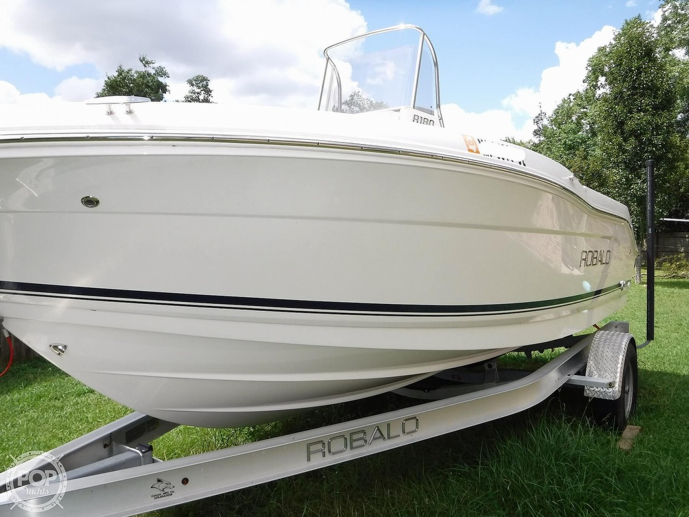 2018 Robalo boat for sale, model of the boat is R180 & Image # 31 of 40