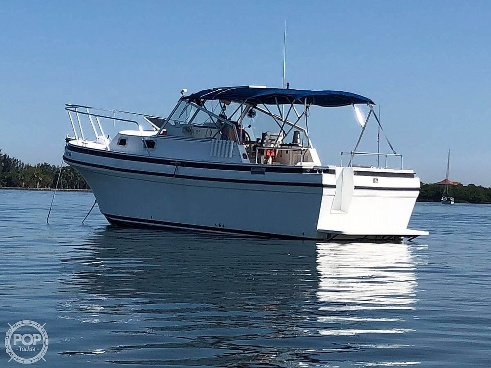 2005 Albin Yachts boat for sale, model of the boat is Tournament Express 26 & Image # 3 of 40