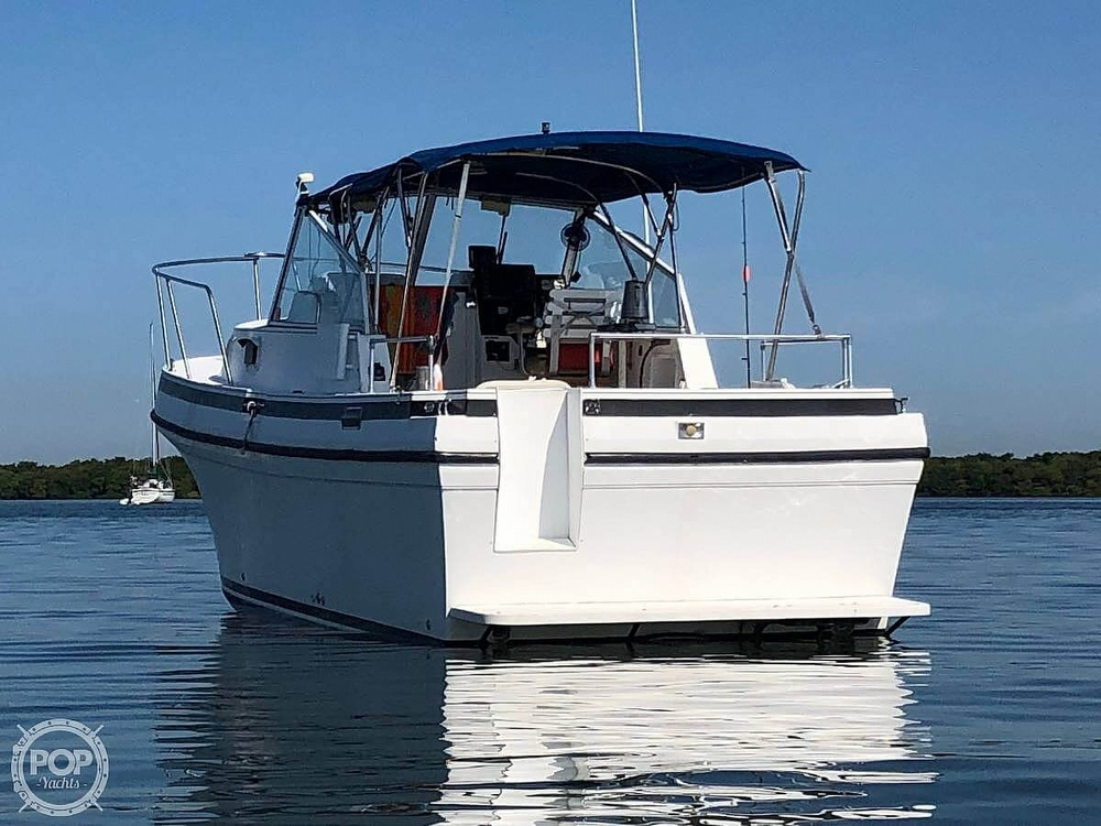 2005 Albin Yachts boat for sale, model of the boat is Tournament Express 26 & Image # 2 of 40