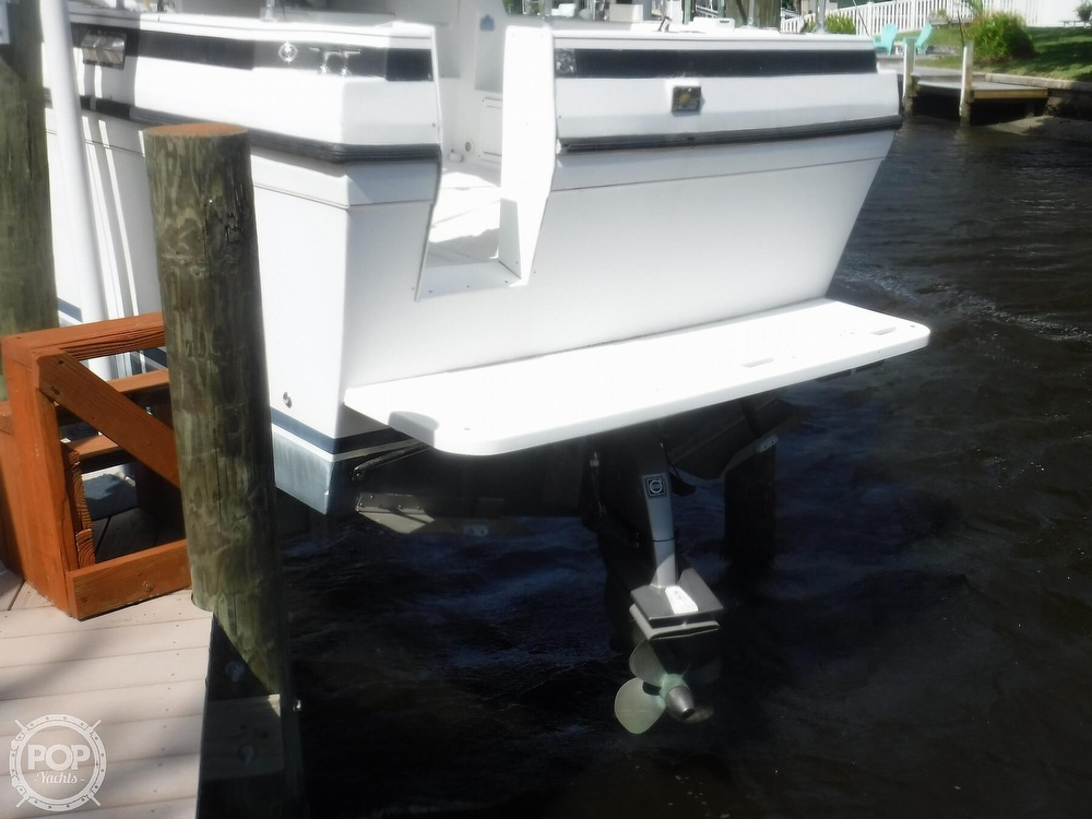 2005 Albin Yachts boat for sale, model of the boat is Tournament Express 26 & Image # 14 of 40