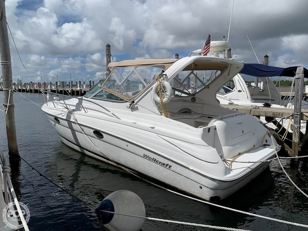 2000 Wellcraft boat for sale, model of the boat is 3300 Martinique & Image # 2 of 40