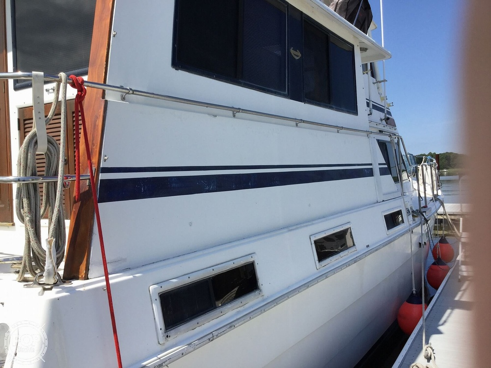 1985 Gulfstar boat for sale, model of the boat is 49 MY & Image # 12 of 40