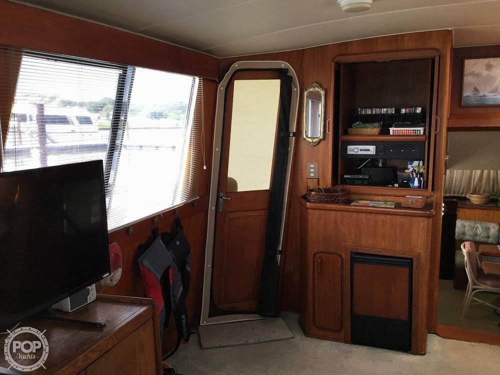 1985 Gulfstar boat for sale, model of the boat is 49 MY & Image # 31 of 40
