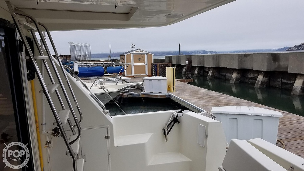 2002 Hampton boat for sale, model of the boat is 490 Pilot House & Image # 2 of 40