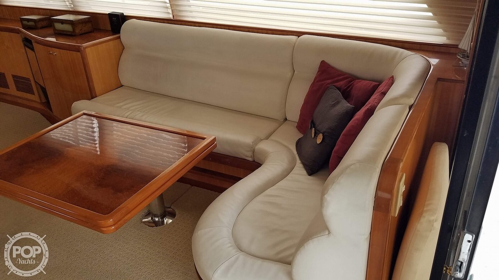 2002 Hampton boat for sale, model of the boat is 490 Pilot House & Image # 5 of 40