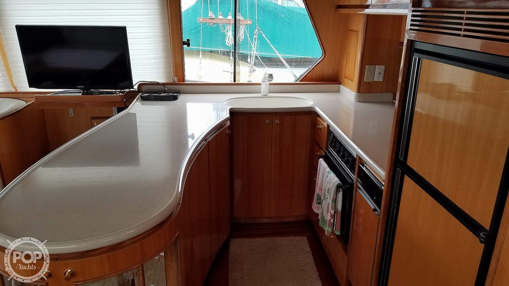 2002 Hampton boat for sale, model of the boat is 490 Pilot House & Image # 12 of 40
