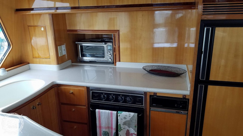 2002 Hampton boat for sale, model of the boat is 490 Pilot House & Image # 13 of 40