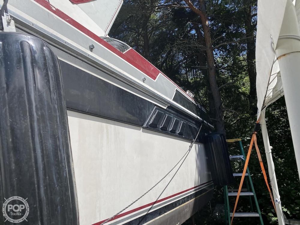 1989 Wellcraft boat for sale, model of the boat is 3200 St. Tropez & Image # 15 of 40