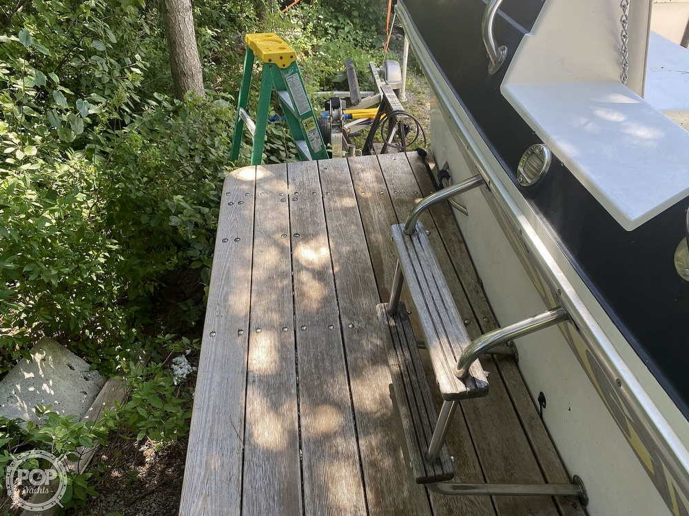 1989 Wellcraft boat for sale, model of the boat is 3200 St. Tropez & Image # 36 of 40