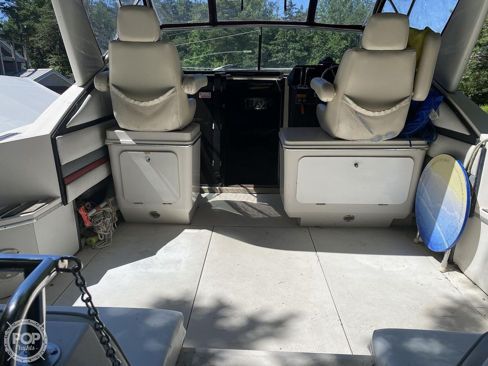 1989 Wellcraft boat for sale, model of the boat is 3200 St. Tropez & Image # 3 of 40