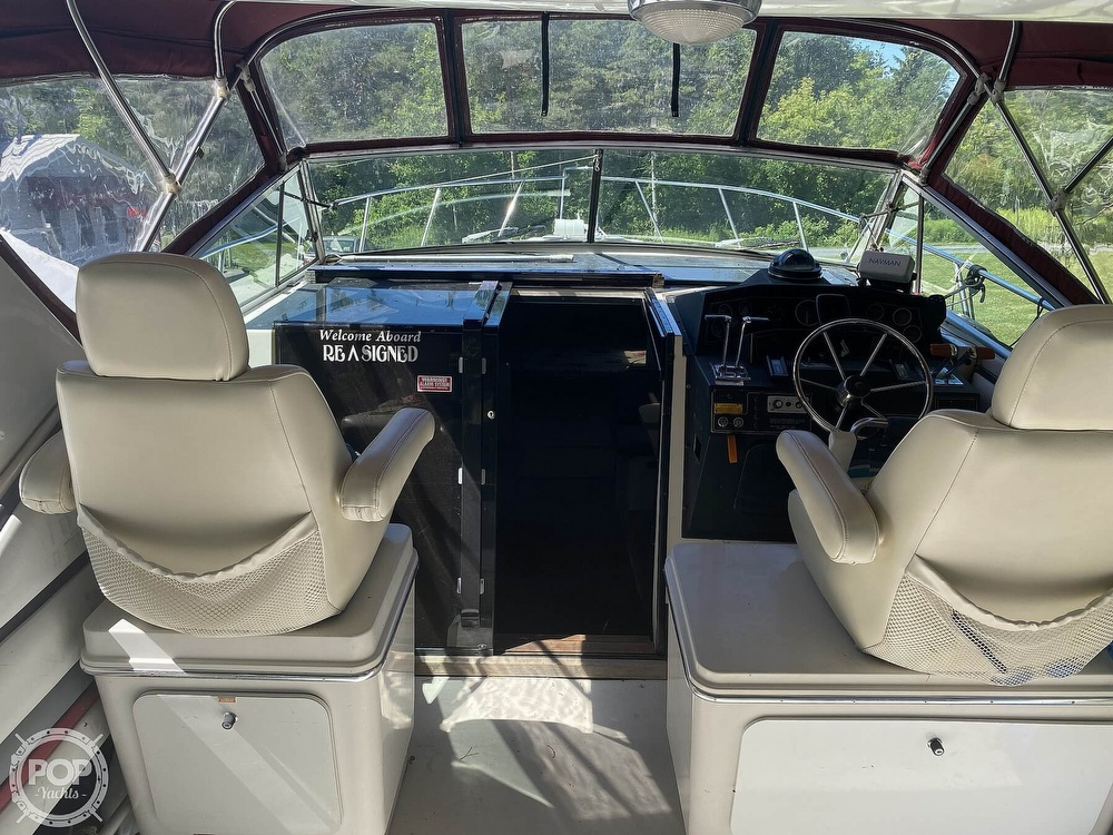 1989 Wellcraft boat for sale, model of the boat is 3200 St. Tropez & Image # 39 of 40