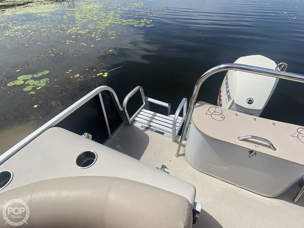 2013 Avalon boat for sale, model of the boat is 2485ENT & Image # 13 of 41