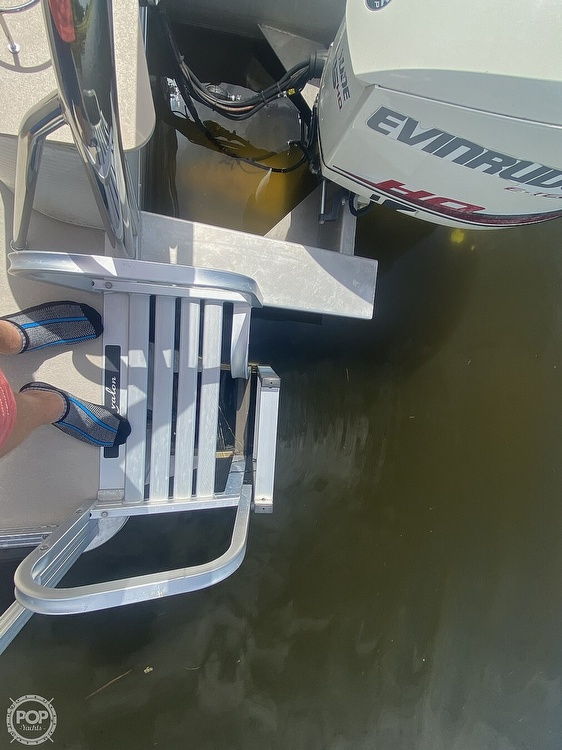 2013 Avalon boat for sale, model of the boat is 2485ENT & Image # 23 of 41