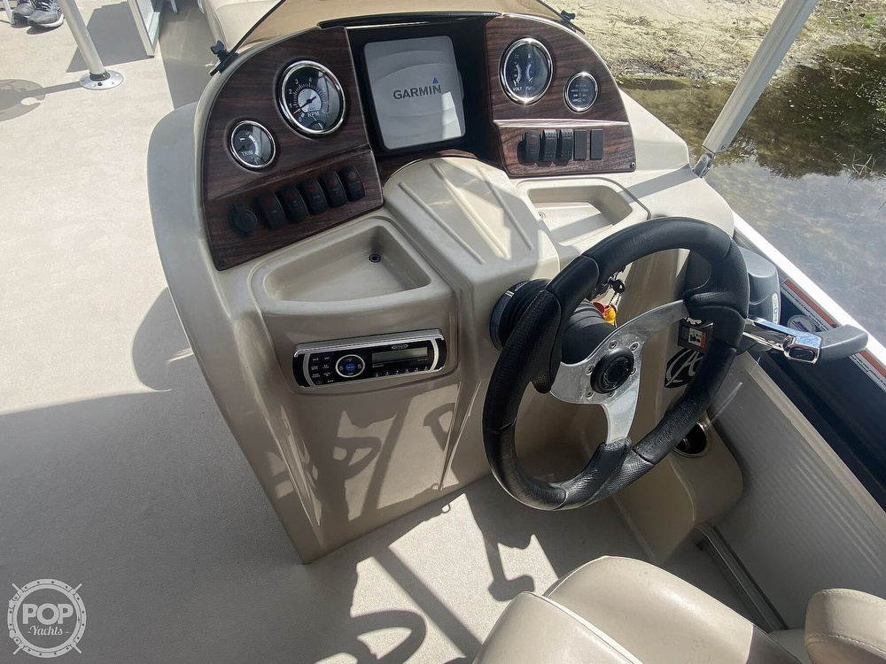 2013 Avalon boat for sale, model of the boat is 2485ENT & Image # 28 of 41