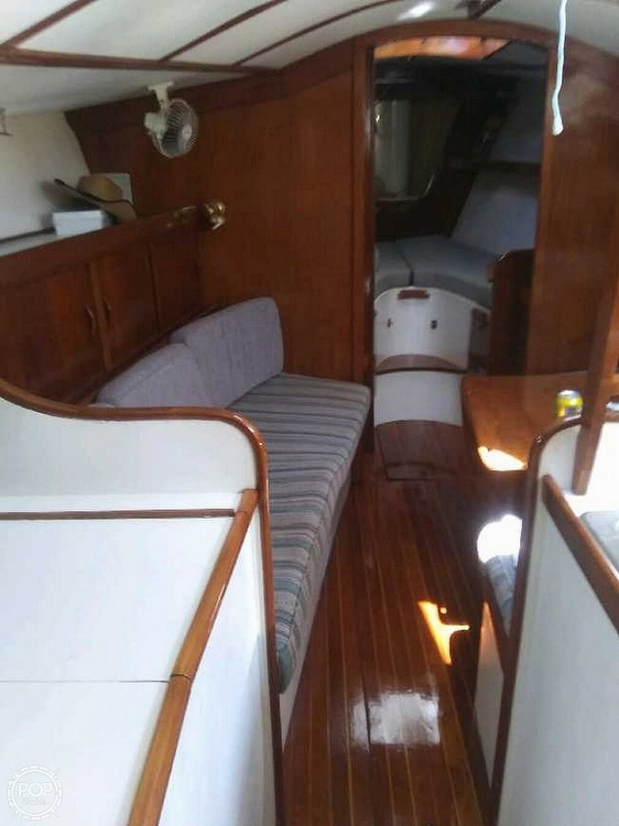 1979 Freedom Yachts boat for sale, model of the boat is 40 & Image # 4 of 40