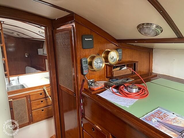 1979 Freedom Yachts boat for sale, model of the boat is 40 & Image # 22 of 40