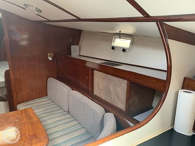 1979 Freedom Yachts boat for sale, model of the boat is 40 & Image # 38 of 40