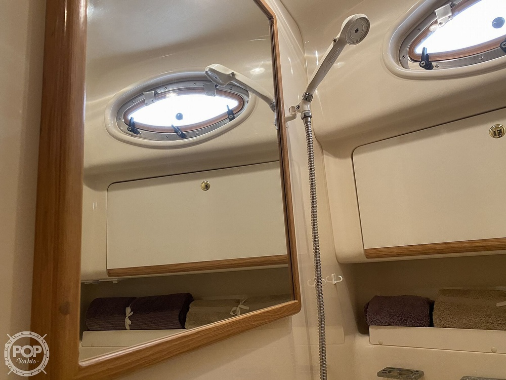 1996 Sea Ray boat for sale, model of the boat is 450 Sundancer & Image # 33 of 40