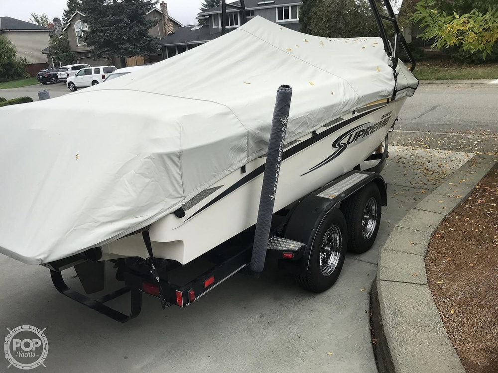 2005 Supreme boat for sale, model of the boat is V208 Sky & Image # 20 of 38