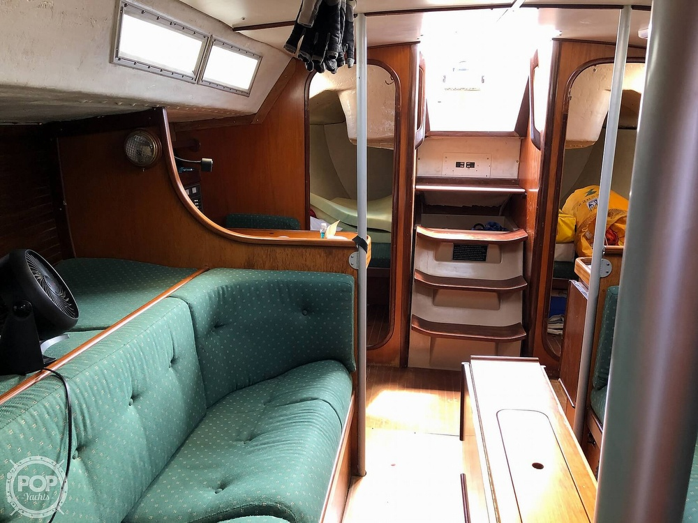 1980 Beneteau boat for sale, model of the boat is First 35 & Image # 14 of 40