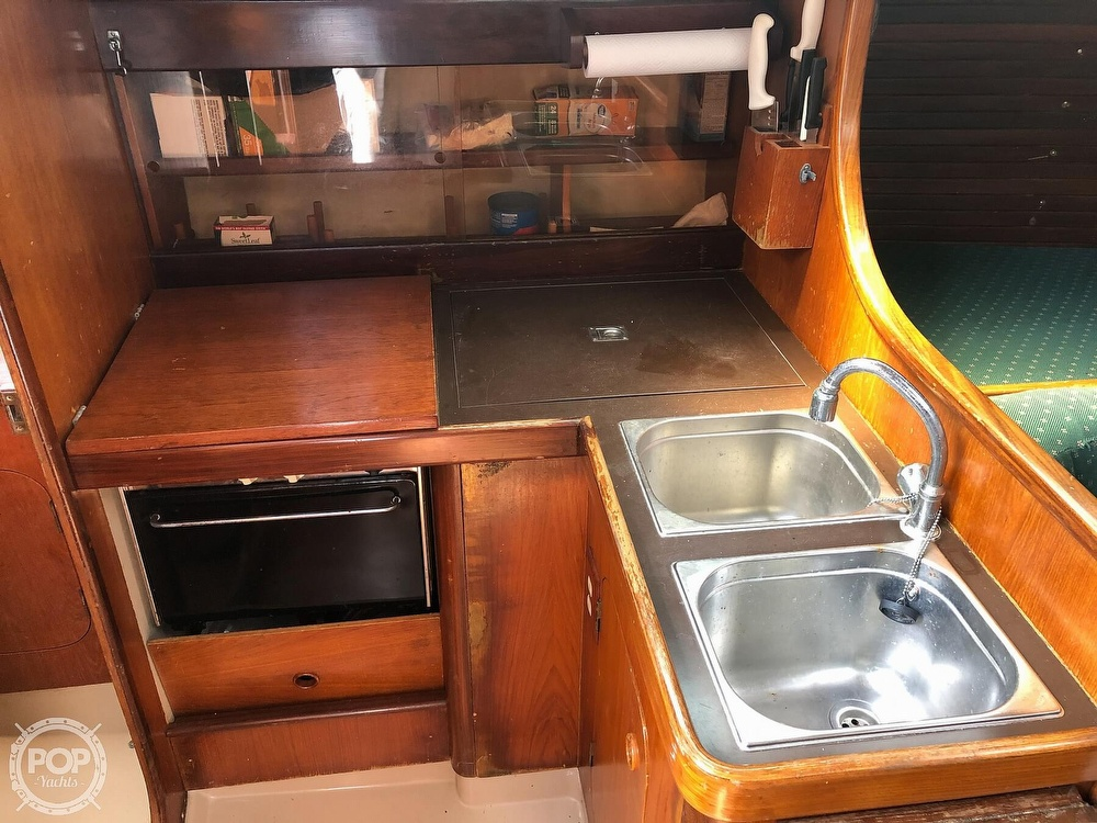 1980 Beneteau boat for sale, model of the boat is First 35 & Image # 8 of 40