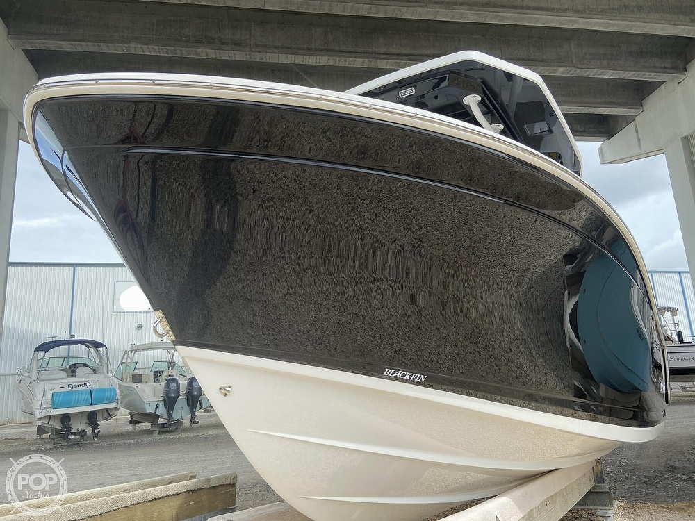 2019 Blackfin boat for sale, model of the boat is 212 CC & Image # 5 of 41