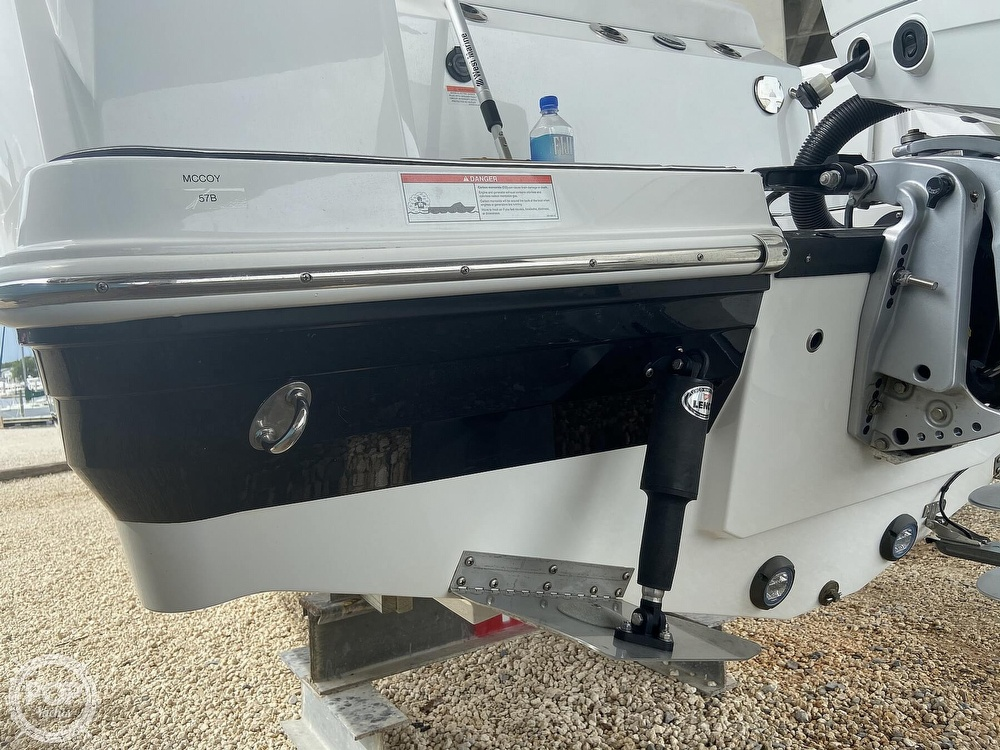 2019 Blackfin boat for sale, model of the boat is 212 CC & Image # 11 of 41