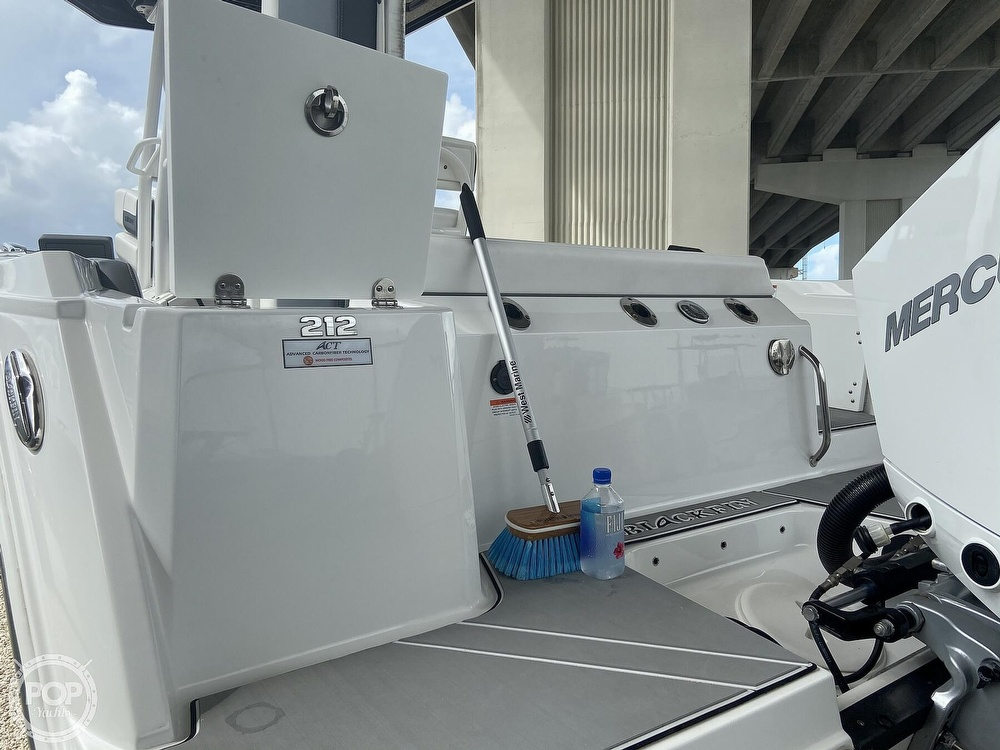 2019 Blackfin boat for sale, model of the boat is 212 CC & Image # 12 of 41