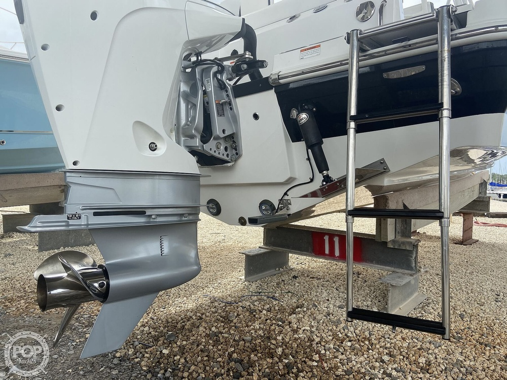 2019 Blackfin boat for sale, model of the boat is 212 CC & Image # 16 of 41