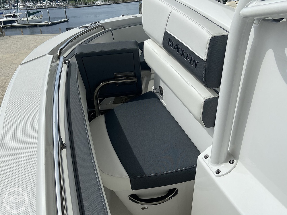 2019 Blackfin boat for sale, model of the boat is 212 CC & Image # 32 of 41
