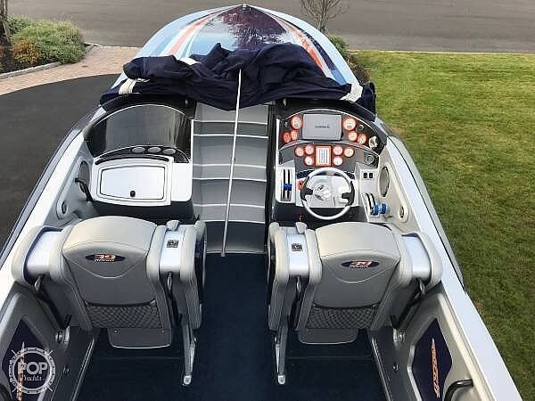 2015 Hustler boat for sale, model of the boat is 39 Rockit & Image # 4 of 8