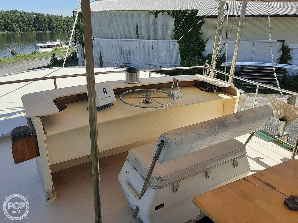 1984 Mobley boat for sale, model of the boat is 50 & Image # 6 of 37