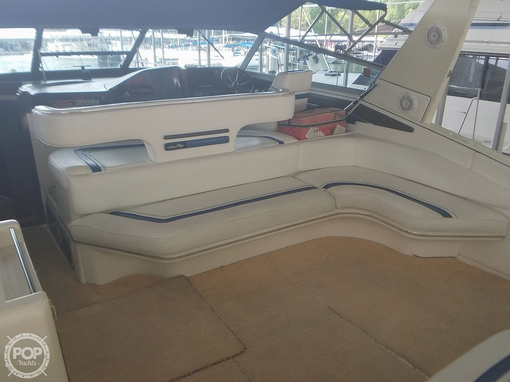 1991 Sea Ray boat for sale, model of the boat is Sundancer 440 & Image # 6 of 40