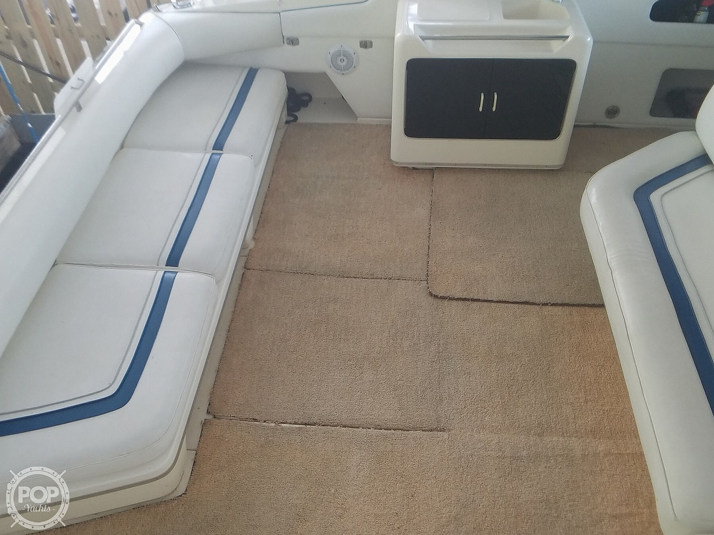 1991 Sea Ray boat for sale, model of the boat is Sundancer 440 & Image # 7 of 40