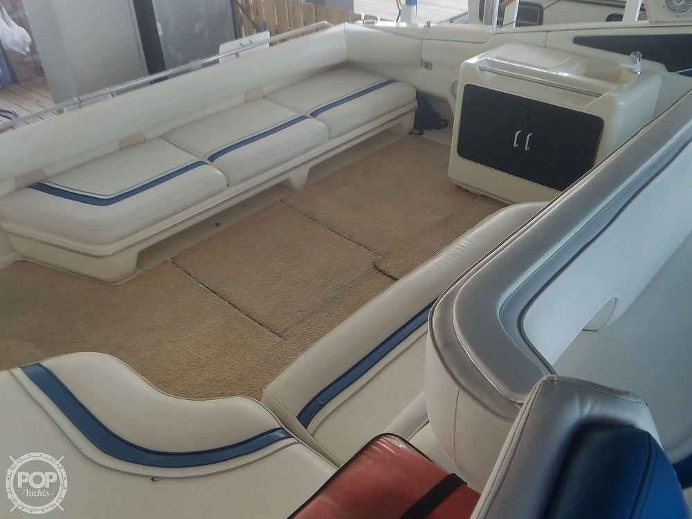 1991 Sea Ray boat for sale, model of the boat is Sundancer 440 & Image # 8 of 40