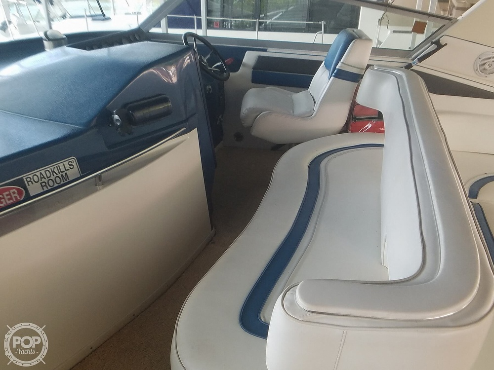 1991 Sea Ray boat for sale, model of the boat is Sundancer 440 & Image # 11 of 40