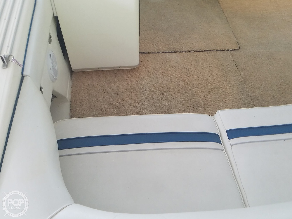 1991 Sea Ray boat for sale, model of the boat is Sundancer 440 & Image # 29 of 40