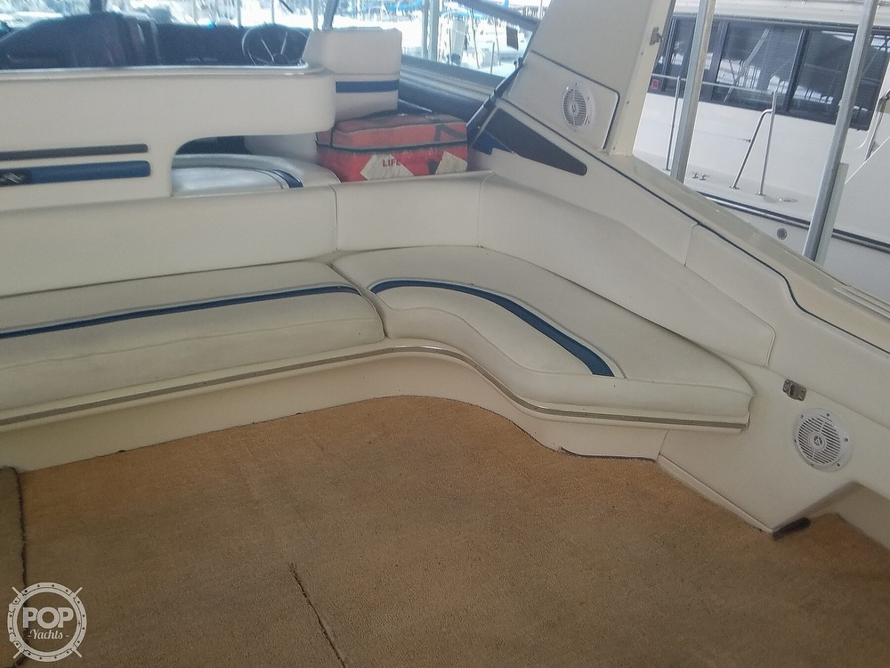 1991 Sea Ray boat for sale, model of the boat is Sundancer 440 & Image # 32 of 40