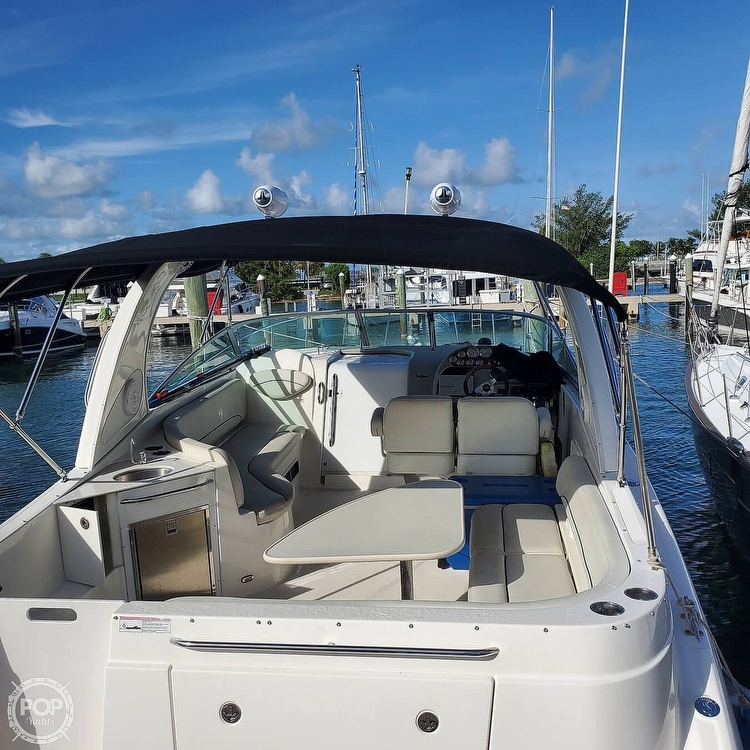2008 Bayliner boat for sale, model of the boat is 340 Express Cruiser & Image # 5 of 41