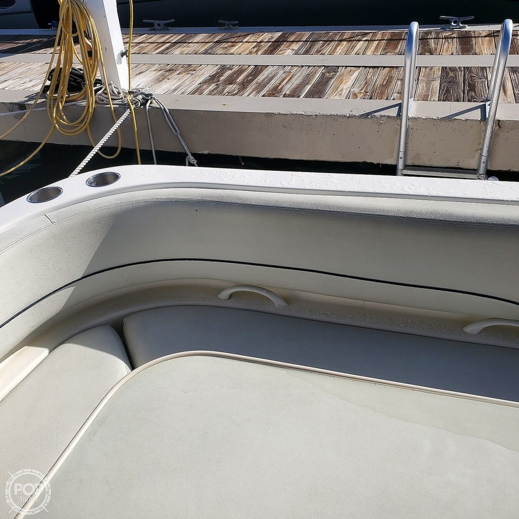 2008 Bayliner boat for sale, model of the boat is 340 Express Cruiser & Image # 8 of 41