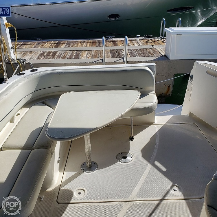 2008 Bayliner boat for sale, model of the boat is 340 Express Cruiser & Image # 14 of 41