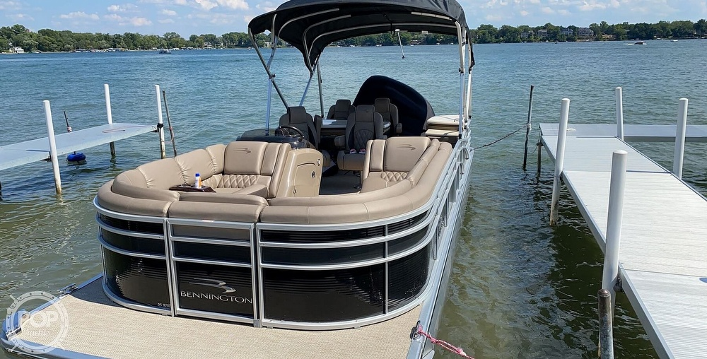 2018 Bennington boat for sale, model of the boat is 25 RSD & Image # 2 of 40