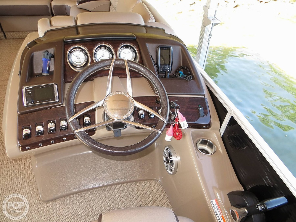 2018 Bennington boat for sale, model of the boat is 25 RSD & Image # 7 of 40