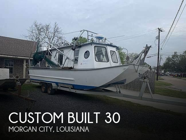 2010 Custom boat for sale, model of the boat is 30 & Image # 1 of 17