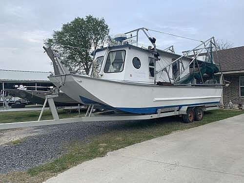 2010 Custom boat for sale, model of the boat is 30 & Image # 2 of 17