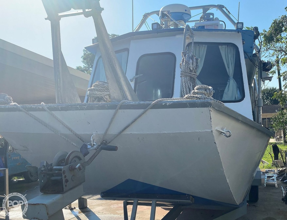 2010 Custom boat for sale, model of the boat is 30 & Image # 13 of 40